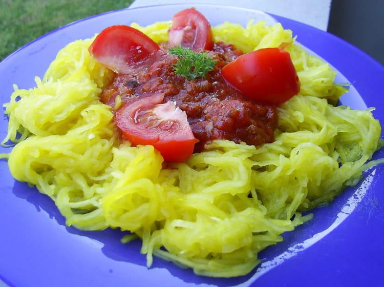 Recette de courgette spaghetti la bolognaise la recette facile - Cuisiner courgette spaghetti ...