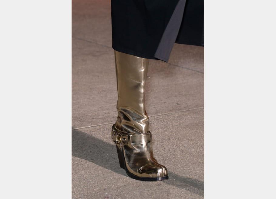 Wanda Nylon (Close Up) - photo 9