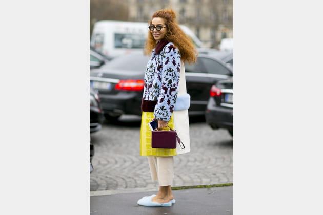 Street style à Paris : le manteau arty