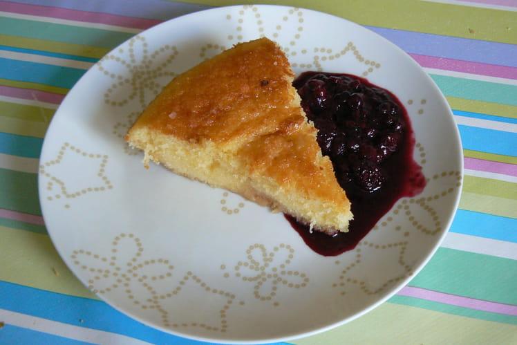 Gâteau breton au beurre salé et fruist rouges