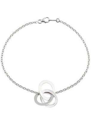 bracelet sur chaîne rond dans l'eau