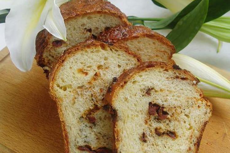 Brioche aux fromages et tomates séchées