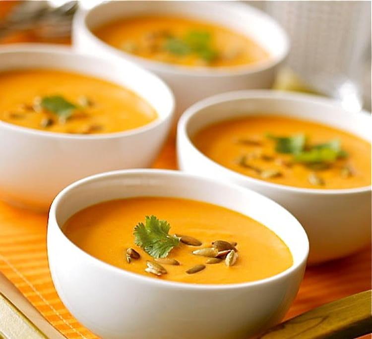 Recette de soupe des 4 c carottes coco curry coriandre - Soupe potiron lait de coco curry ...