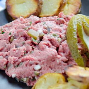 filet américain (tartare de bœuf belge)