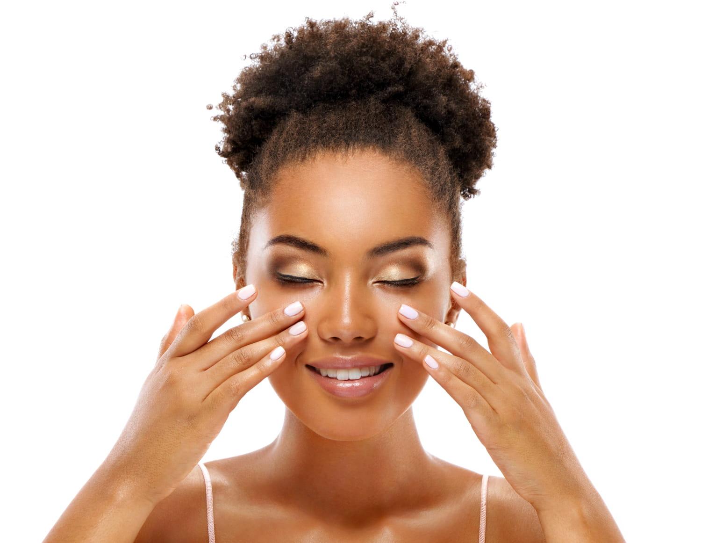 3exercices faciles de massage anti-rides pour le visage