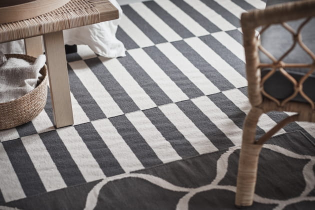 tapis graphiques. Black Bedroom Furniture Sets. Home Design Ideas
