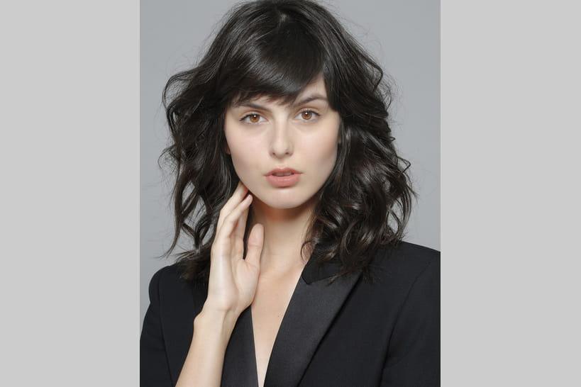 Les Tendances Coiffures Pour Cheveux Mi Longs En 2019