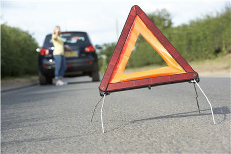 Accidents de la route: la plupart des Français ne savent pas comment réagir
