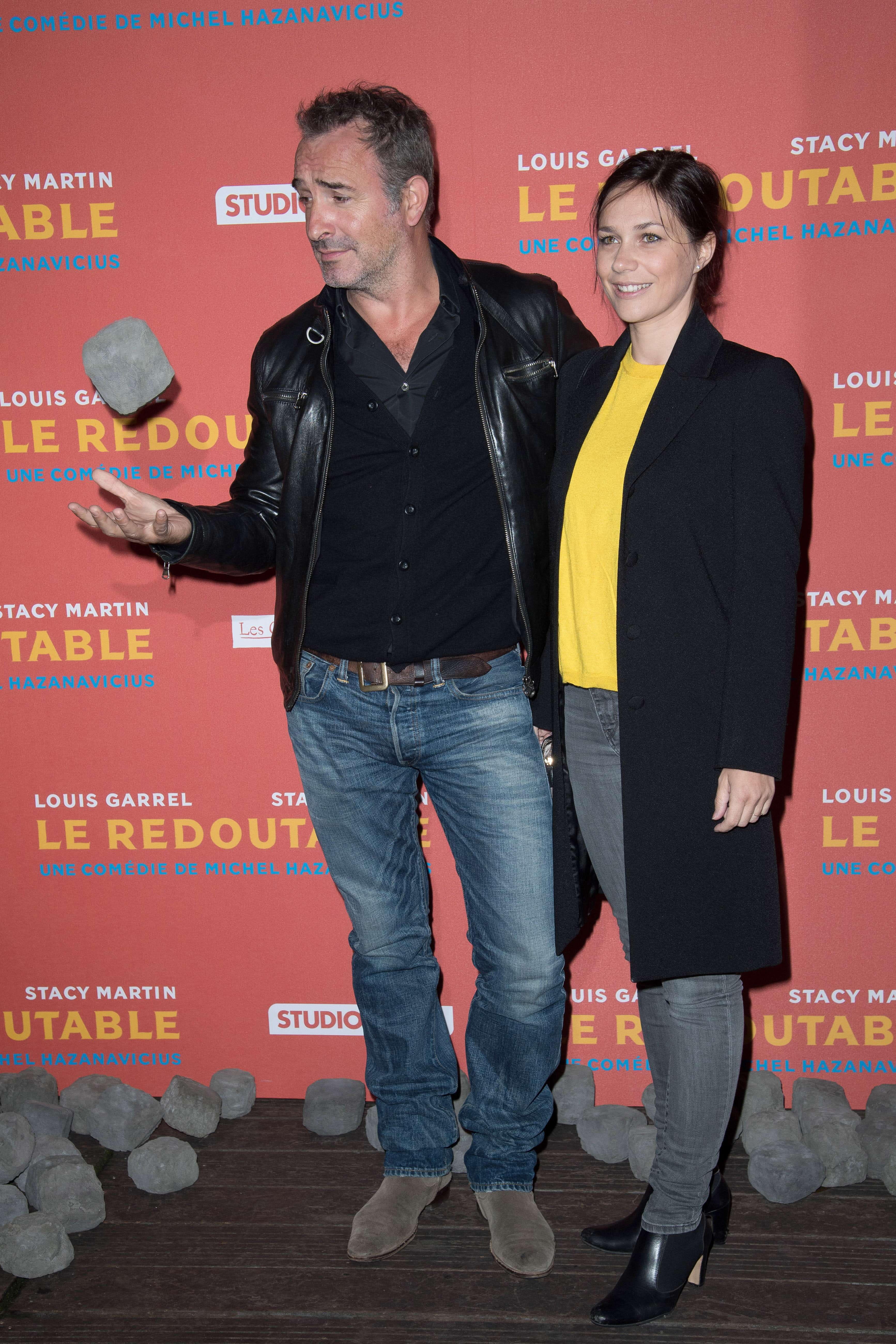 Jean dujardin et nathalie p chalat affichent leur amour for Dujardin 94