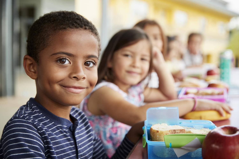 Petits-déjeuners gratuits à l'école: jusqu'au CM2