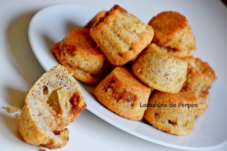 Petit moelleux à la banane, caramel au beurre salé et blancs d'oeufs