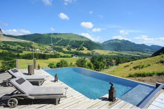 Piscine à débordement en Haute-Savoie