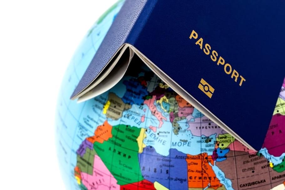 Passeport vaccinal Covid: c'est quoi, voyage, obligatoire?