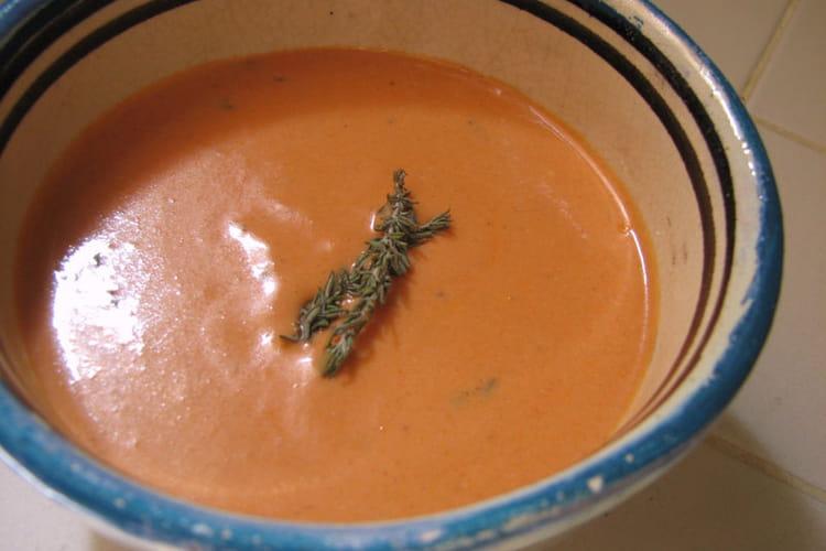 Sauce orangée chèvre-tomate (pour pâtes longues)