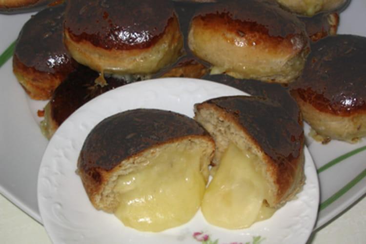Briochettes apéritives au fromage coulant