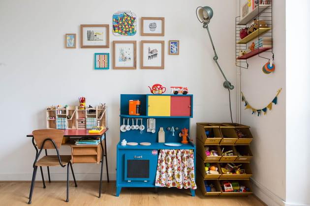 Une chambre d'enfant dans le style brocante