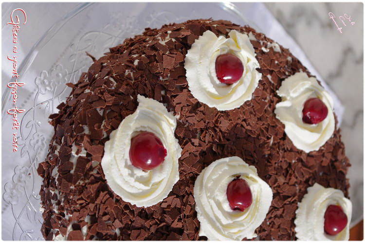 Gâteau au yaourt façon forêt noire