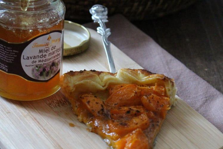 Tarte fines abricots et miel de lavande maritime