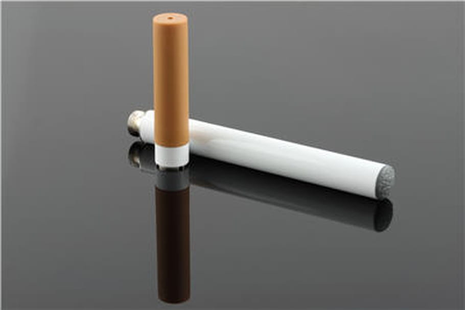Cigarette électronique: une enquête pour évaluer les risques