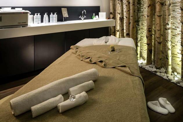 Un massage au spa du Hameau du Kashmir