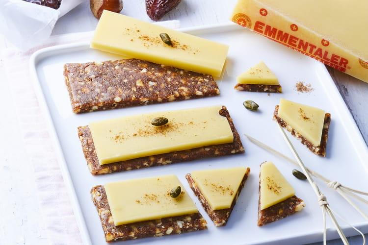 Barres énergétiques dattes, fruits secs et Emmentaler AOP suisse