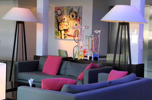 salon pop. Black Bedroom Furniture Sets. Home Design Ideas