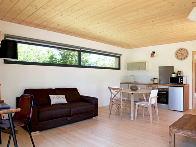 Une cuisine ouverte minimaliste