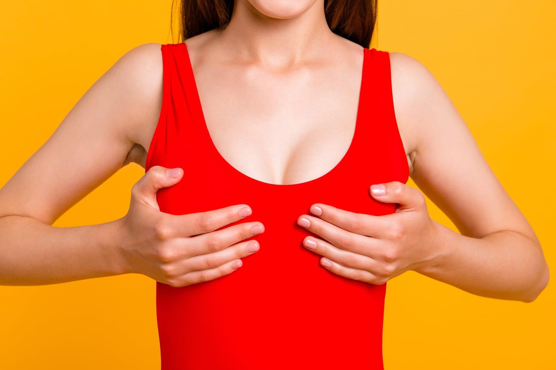 Douleur mammaire (mastodynie): définition, causes, comment la soulager?