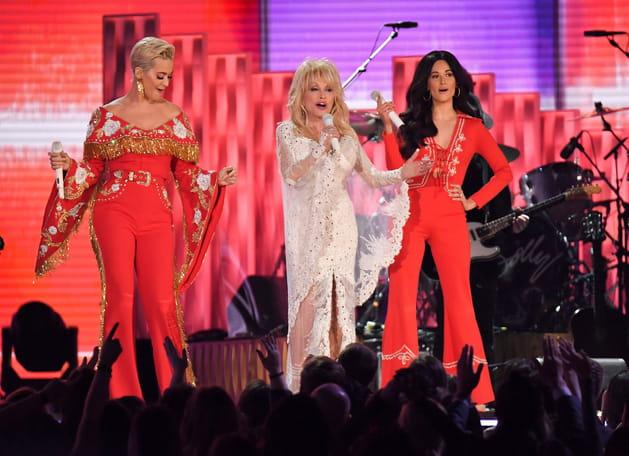 La chanteuse Dolly Parton a assuré le show aux Grammy