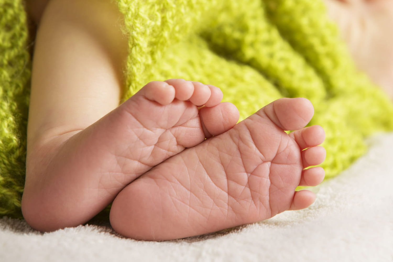 Les bébés mort-nés auront bientôt un nom de famille