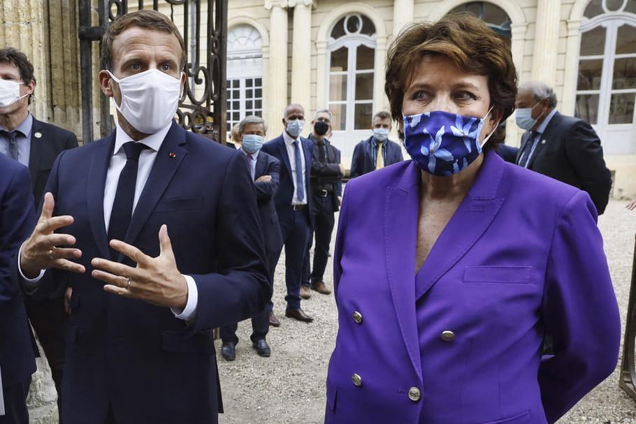 Macron et Bachelot, en boîte? Les vœux de Castex pour 2021