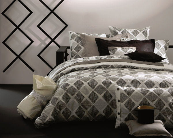 parure ombre d 39 t d 39 anne de sol ne. Black Bedroom Furniture Sets. Home Design Ideas