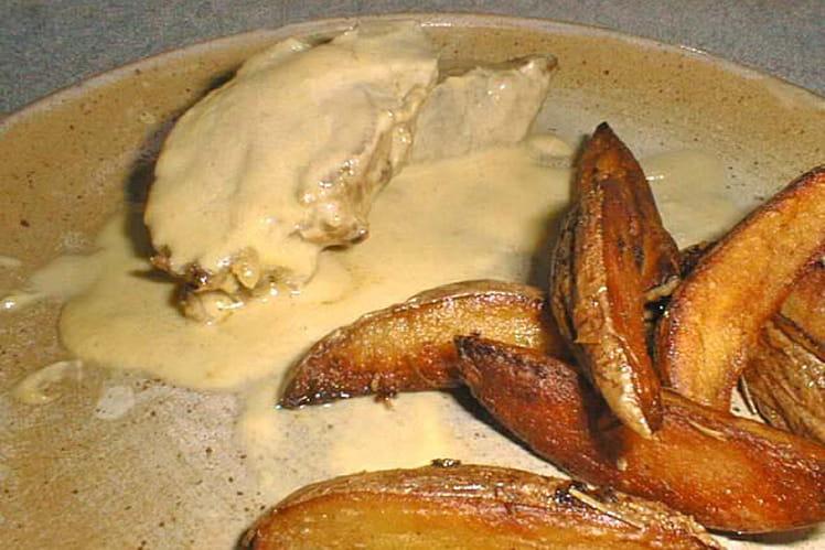 Filet mignon à la moutarde et pommes aux herbes