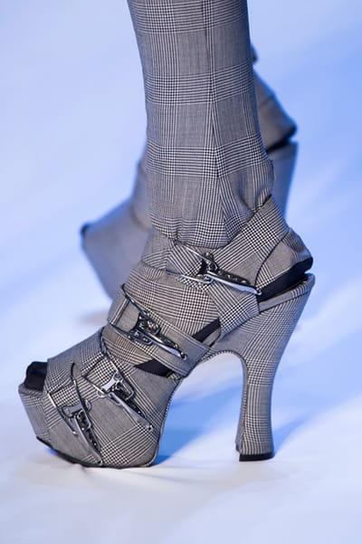 Jean Paul Gaultier (Close Up) - photo 2
