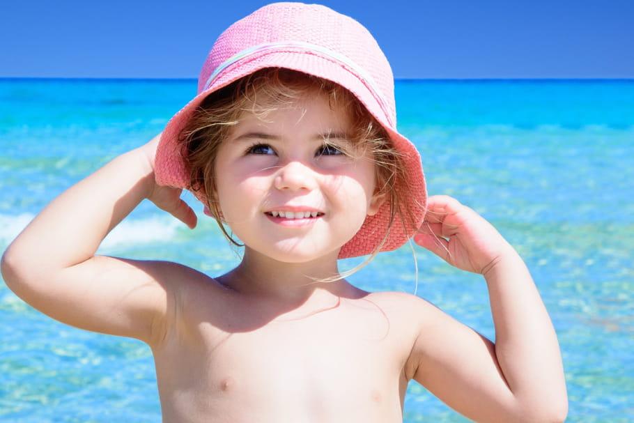 Les bons gestes chez l'enfant en cas de canicule