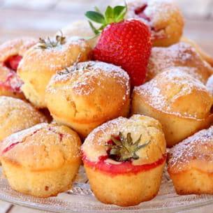 muffins au citron et fraises entières