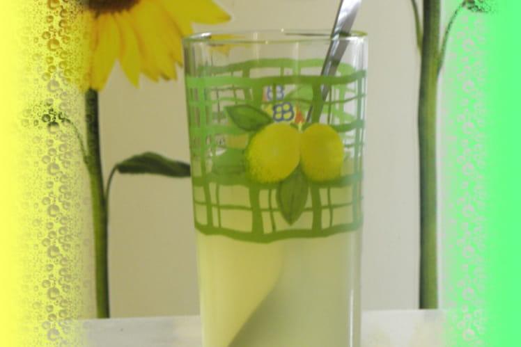 Boisson rafraichissante au citron