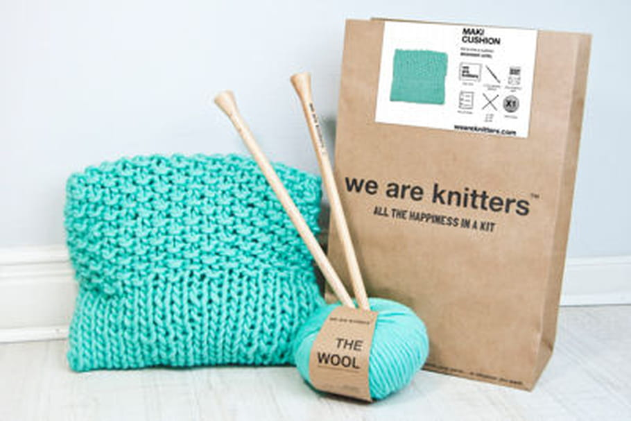 L'objet du désir : le kit tricot Maki Cushion de We are knitters