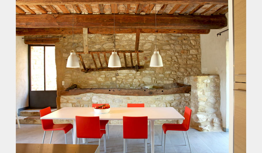 salle manger l 39 table 40 salles manger pour tous les go ts journal des femmes. Black Bedroom Furniture Sets. Home Design Ideas