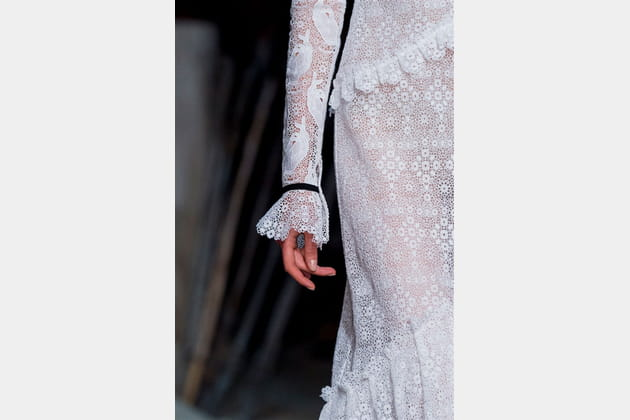 Erdem (Close Up) - photo 35
