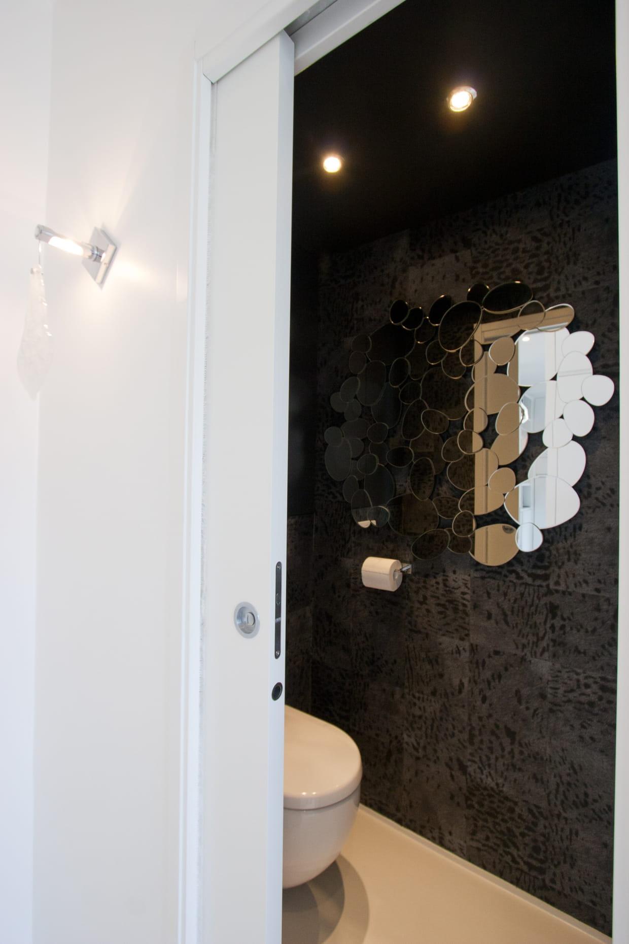 ambiance safari chic. Black Bedroom Furniture Sets. Home Design Ideas