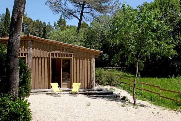 """Une maison """"cabane"""" dans les Alpilles"""