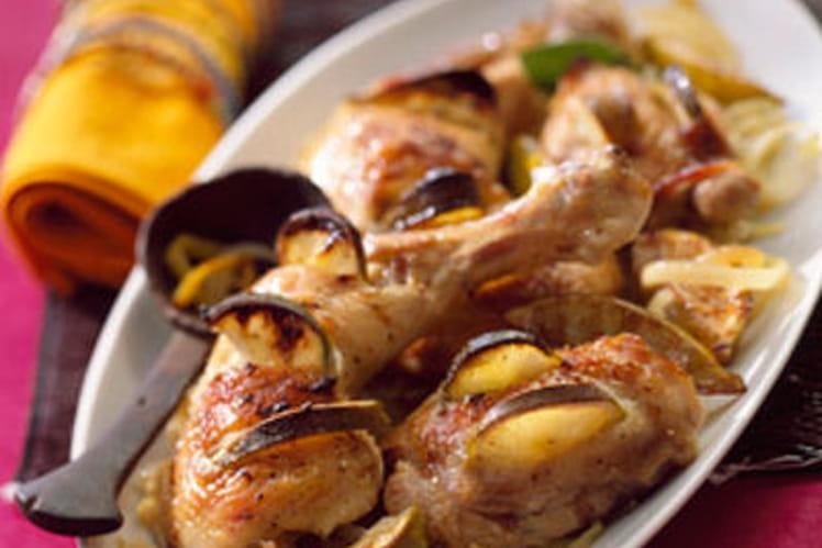 Poulet aux oignons, citron vert et piment d'Espelette
