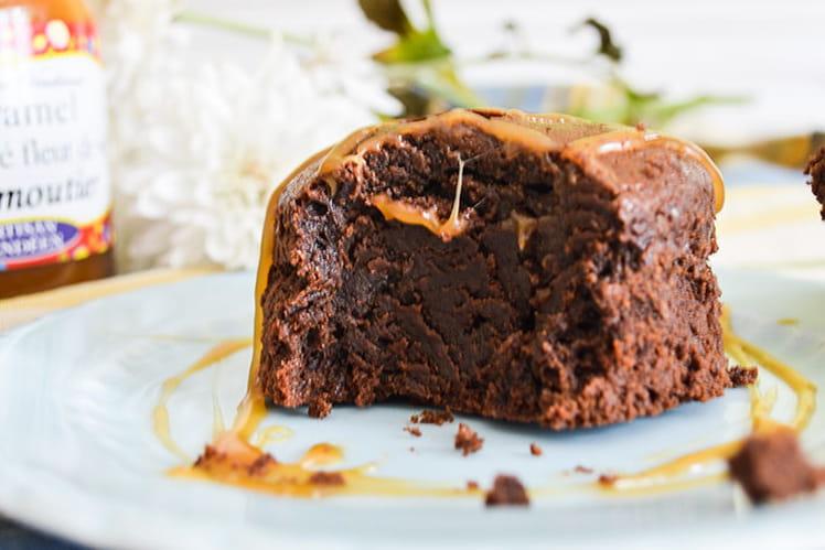 Petit gâteau extra fondant chocolat et caramel au beurre salé