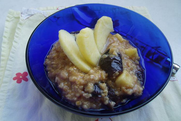 Porridge pommes-pruneaux