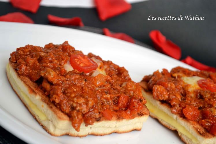 Croques Boum-boum à la sauce bolognaise