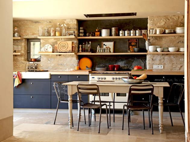 avec de la peinture ardoise. Black Bedroom Furniture Sets. Home Design Ideas