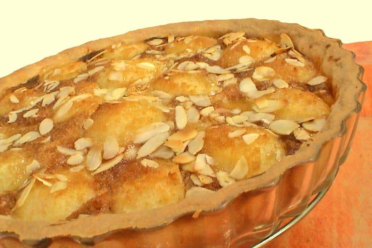 Tarte aux poires à la crème de pain d'épice