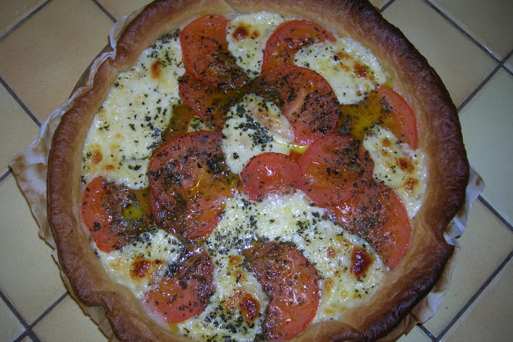 Tarte à la tomate et à la mozzarella