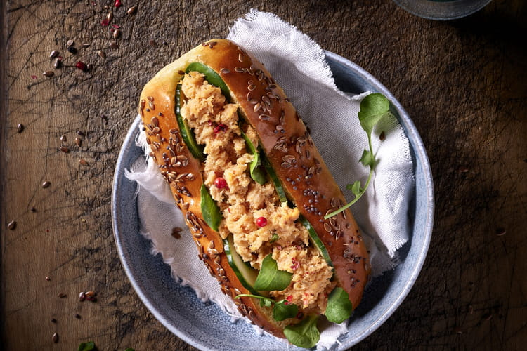 Hot dog marin rillettes de saumon ASC échalote Cap Océan